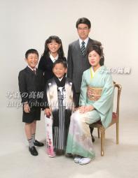 東京 江戸川区で七五三写真 写真館で晴れやかな七五三の家族写真 七五三写真は江戸川区小岩 写真の高橋で