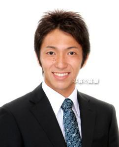 写真 アナウンサー 就職 就活証明写真 髪型 服装 ネクタイ