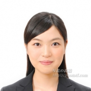 転職活動写真髪型女性ハーフアップ例17