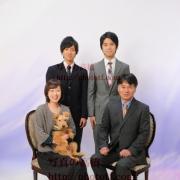 ペットと一緒の家族写真 ペットとの撮影 家族写真は東京
