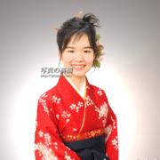 卒業写真,袴姿で記念写真