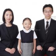 和やかなご家族写真 合格!証明写真 なるほど 納得しますね