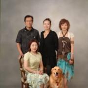 恒例のペットと一緒に家族写真撮影です。