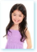 江戸川区証明写真 キッズモデル キッズタレント 子供タレントオーディション写真見本6 左端のお姉ちゃんです
