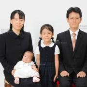 ご家族証明写真 ご家族の服装例 3年後抱っこされている弟様のお受験写真にもお越しくださいました。受験写真特設ギャラリー4もどうぞ。