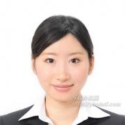 就職活動証明写真髪型前髪女性 例 4