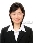 可愛い就活 証明写真49 就活の髪型ショートも服装もすっきりとした履歴書の証明写真 目力入った優しい笑顔で就職内定しました。
