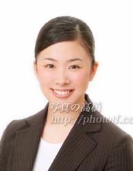 CA髪型写真前髪84笑顔の表情