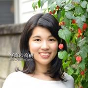 アナウンサー就職用写真 東京 スナップ写真半身 笑顔で