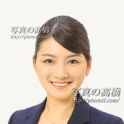 リクルート写真 アナウンサー就職ES写真はこぼれる笑顔の表情が決めてです。