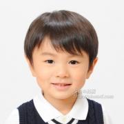 幼稚園お受験写真。笑顔がカワイイですね