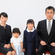 受験用家族証明写真。お父様のネクタイ,スーツ,お見本に