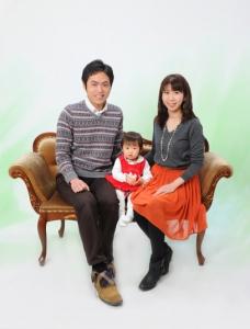 家族写真は東京でより綺麗に撮るために│江戸川区写真スタジオ 小岩駅の写真の高橋