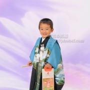 七五三写真3 青い羽織袴がお似合いです