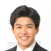 アナウンサー証明写真スーツ、髪型,笑顔