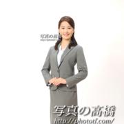 アナウンサー,インターンシップ全身スーツで笑顔証明写真